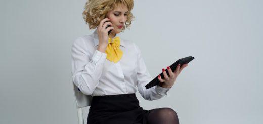 """Jak se má žena obléknout v """"business casual"""" stlyu?"""